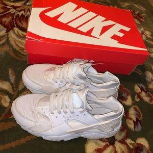 Nike White Huaraches